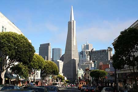 Transamerica Pyramid im Financial District von San Francisco
