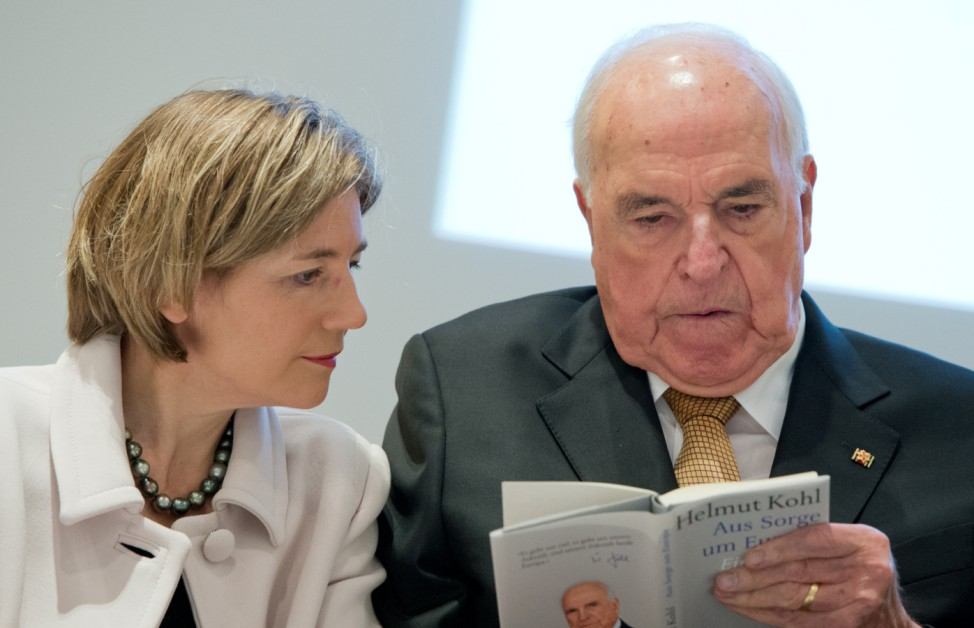 Helmut Kohl stellt Buch vor