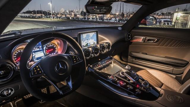 Der Innenraum des Mercedes-AMG GT-S.