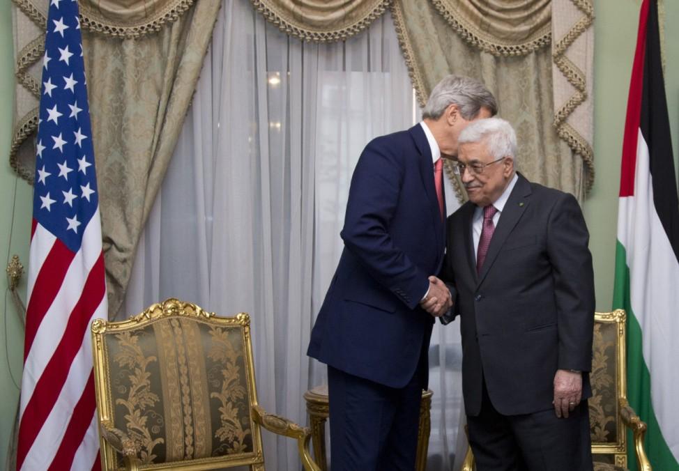 John Kerry, Mahmoud Abbas