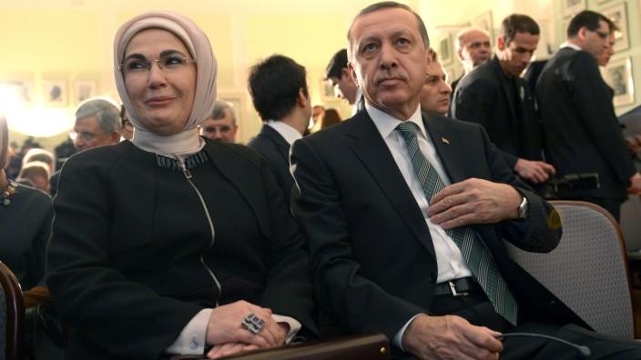 Erdoğan und Ehefrau Emine