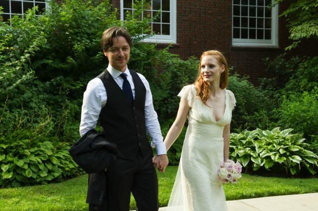 Da sind sie noch frisch verheiratet: Connor Ludlow (James McAvoy) und Eleanor Rigby (Jessica Chastain).