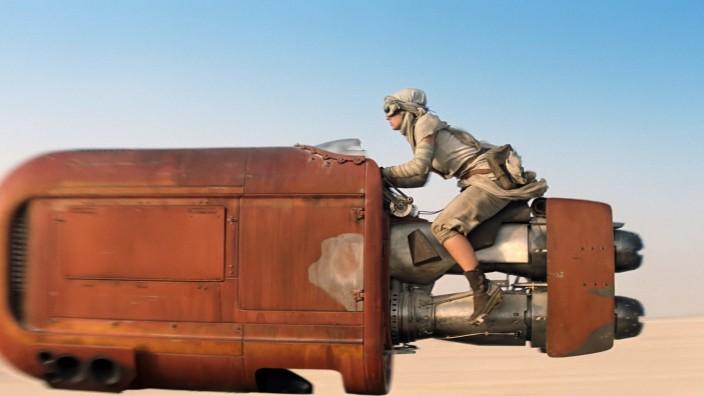 """""""Star Wars: Episode VII"""" - Reaktionen: Ein Fahrzeug aus dem """"Star Wars""""-Teaser. Was das Netz daraus gemacht hat, sehen Sie unten."""