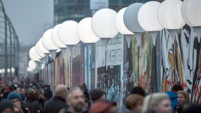 25 Jahre Mauerfall - Lichtergrenze