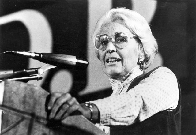 Hildegard Hamm-Brücher als Rednerin in München