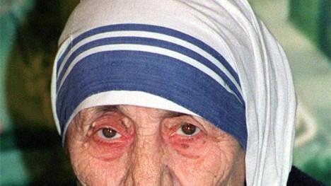 Briefe von Mutter Teresa: Mutter Teresa widmete ihr Leben Gott, an dessen Existenz sie jedoch offenbar immer wieder zweifelte.