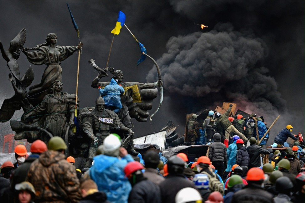 IMAGES OF THE YEAR 2014 - NEWS - Violence Escalates As Kiev Protests Continue