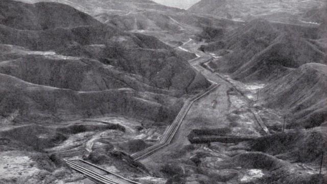 Erster Weltkrieg im Nahen Osten: Die britische Pipeline, die Hans Lührs und seine Männer teilweise zerstörten.