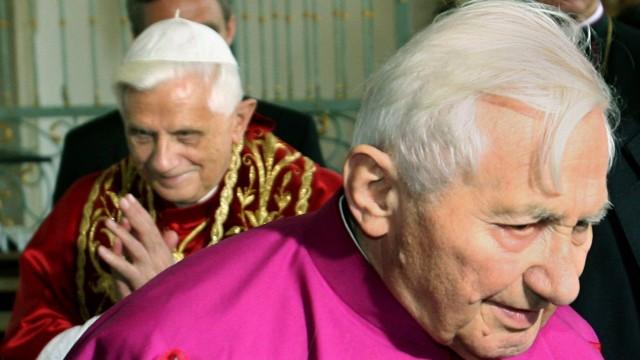 Críticas a la fiesta de cumpleaños del papa hermano Georg Ratzinger