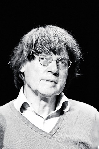 (FILE) French Cartoonist Cabu Dies At 76 Charlie Hebdo First Team Meeting After Terrorist Attack; 150110_szw_13