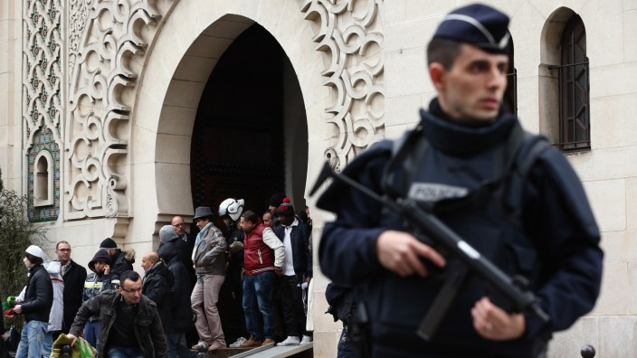 Security Measures In Paris Following Attack Of French Satirical Magazine Charlie Hebdo