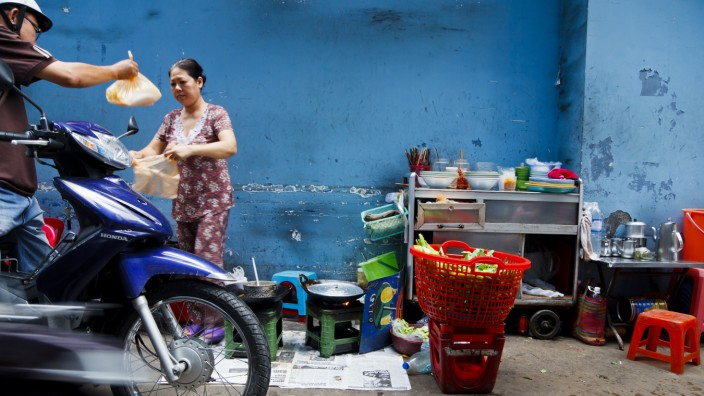 Street Food in Ho-Chi-Minh-Stadt, Vietnam, Asien