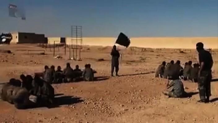 Ihr Forum: Ein Ausschnitt eines Youtube-Videos des IS.