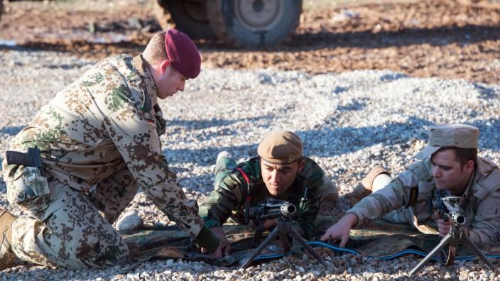 Bundesverteidigungsministerin von der Leyen im Irak