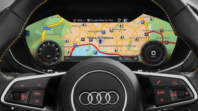 Die virtuellen Instrumente des Audi TT Roadster.