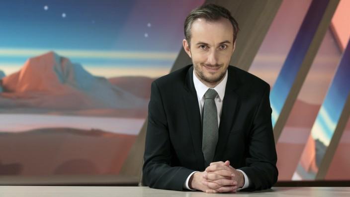 """NEO MAGAZIN ROYALE mit Jan Böhmermann; Jan Böhmermann, """"Neo Magazin Royale"""" auf ZDF Neo"""