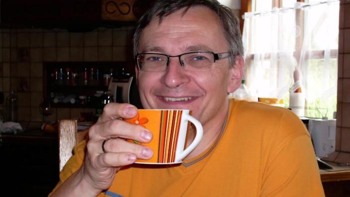Neuburg an der Donau: Mehr als 20 Jahre ist Alexander Hatz, 51, als Notarzt unterwegs. Eine Geldstrafe von 4500 Euro entspreche etwa hundert Einsätzen, sagt er.