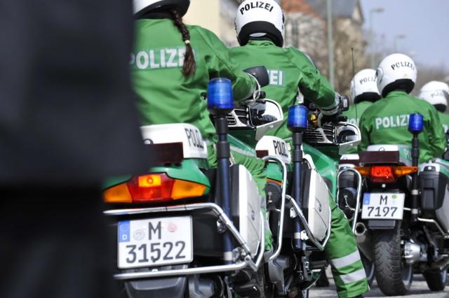 Polizeieskorte für belgisches Königspaar in München, 2011