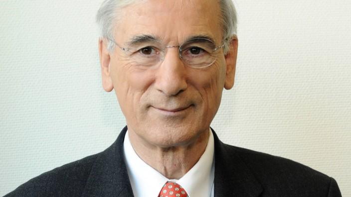 Verhandlungsmarathon in Minsk: Der frühere deutsche Spitzendiplomat Jürgen Chrobog