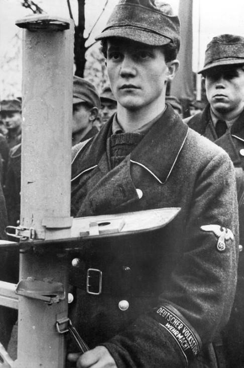 Volksturm in Insterburg, 1944; Bildergalerie Ostfront 1945