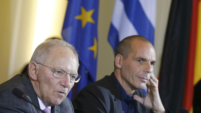 Greek Finance Minister Varoufakis and German Finance Minister Schaeuble address news conference at the finance ministry in Berlin