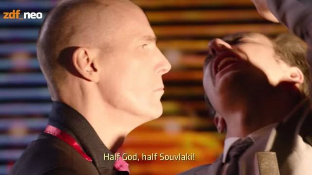 Jan Böhmermann dreht Video über Yanis Varoufakis