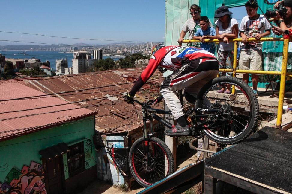 Valparaiso downhill