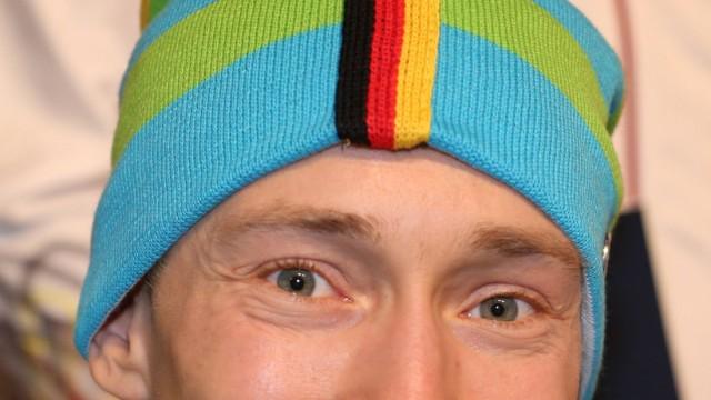 Düsseldorf Präsentation der offiziellen Kleidung der Deutschen Olympiamannschaft und der Deutschen; Ski alpin