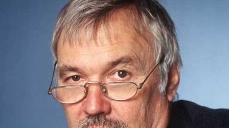 Herbert Riehl-Heyse (L): Manchmal wünschte man sich, dass auch jene noch einmal bei Riehl nachschlagen würden, die über ihre Abhängigkeit und Unzulänglichkeit schon gar nicht mehr nachdenken.