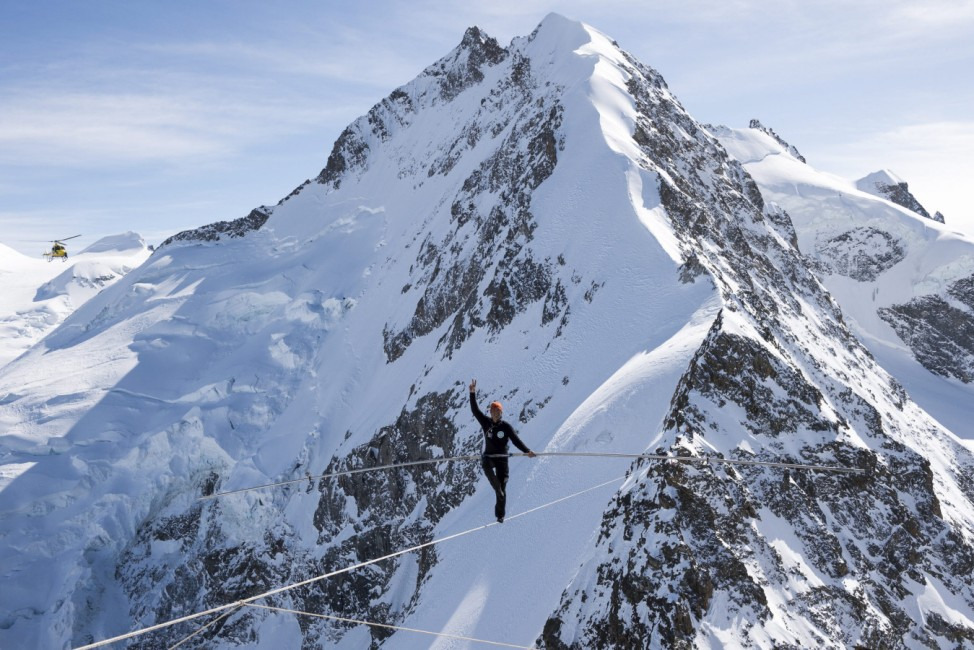 Swiss tightrope artist Freddy Nock