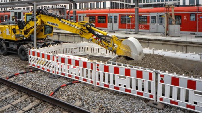 Barrierefreier Umbau der S-Bahn-Station Donnersbergerbrücke in München, 2013