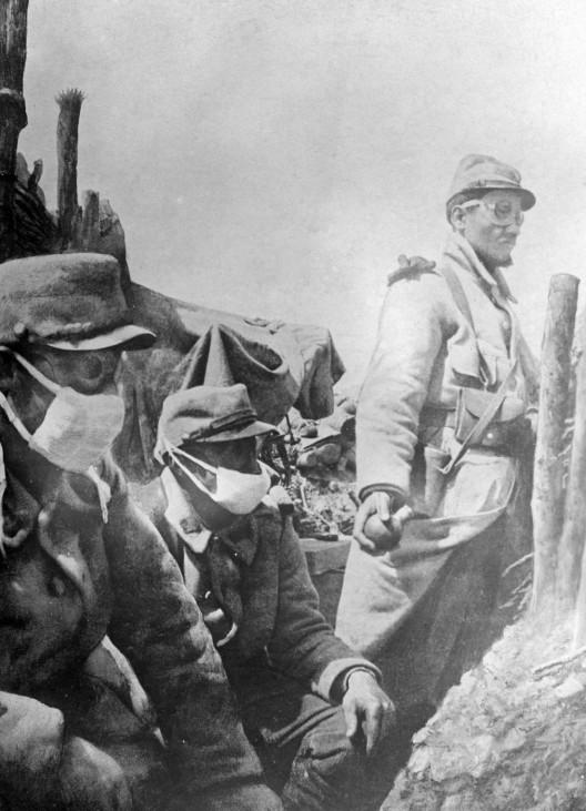 Französische Soldaten im Gaskrieg, 1915