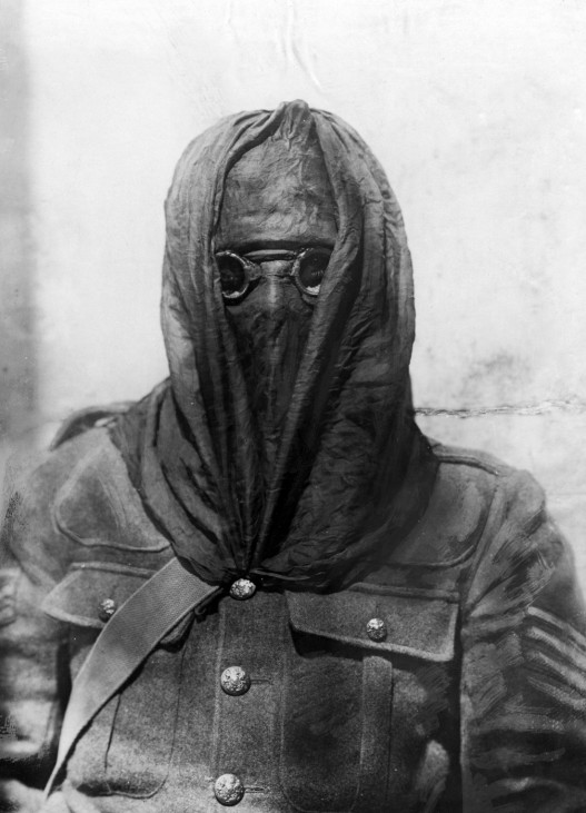 Englischer Soldat im Gaskrieg, 1915