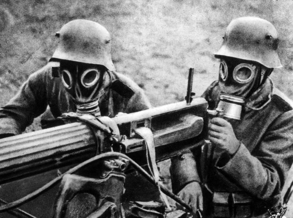 Deutsche Soldaten mit einem Maschinengewehr, 1914-1918