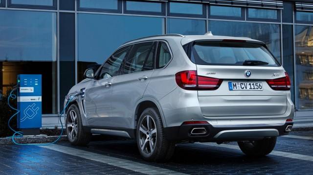 BMW bringt Plug-in-Technik für den X5