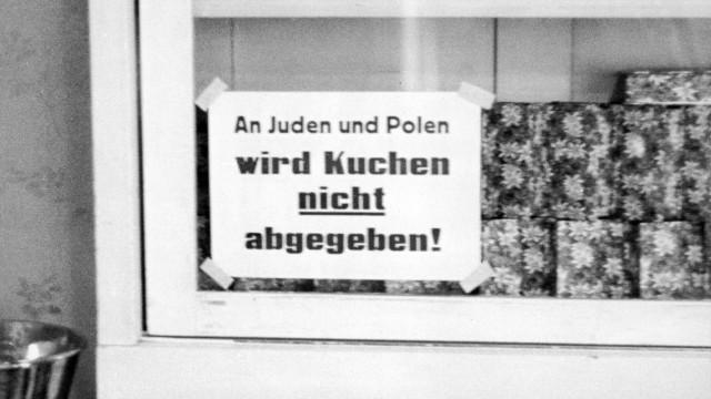 Verbot für Juden und Polen in einer Bäckerei