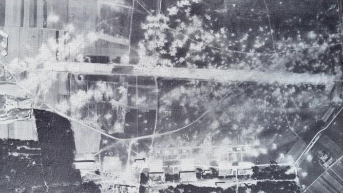 Vor 70 Jahren: Luftangriff auf den Flugplatz Fürstenfeldbruck