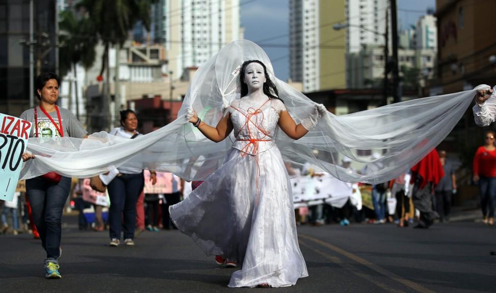 ALTERNATIVE PEOPLES SUMMIT IN PANAMA CITY