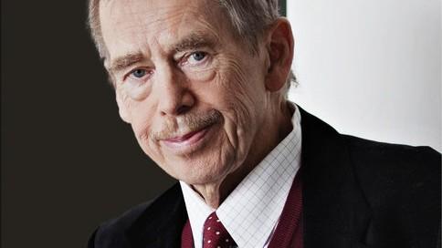 Tschechien: Michael Žantovský: Václav Havel. In der Wahrheit leben. Übersetzt von Hans Freundl. Propyläen Verlag, 2015. 688 S., 26 Euro.