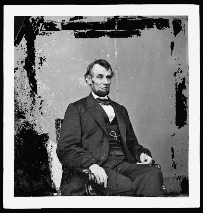 Wider Image: Memories of Lincoln