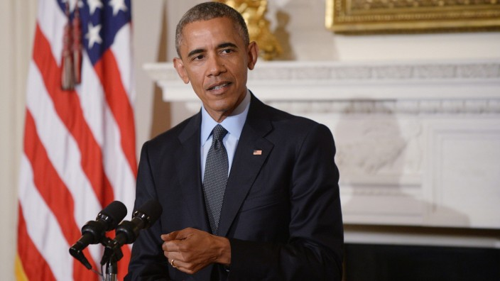 President Obama and First Lady celebrate National Poetry Month