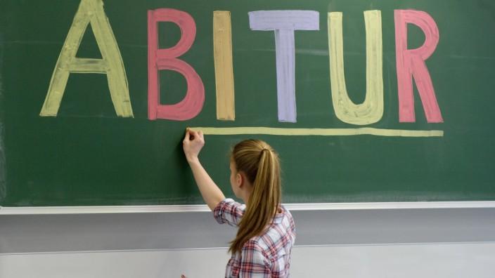 Für 95000 Schüler geht es bald in die Abi-Klausuren