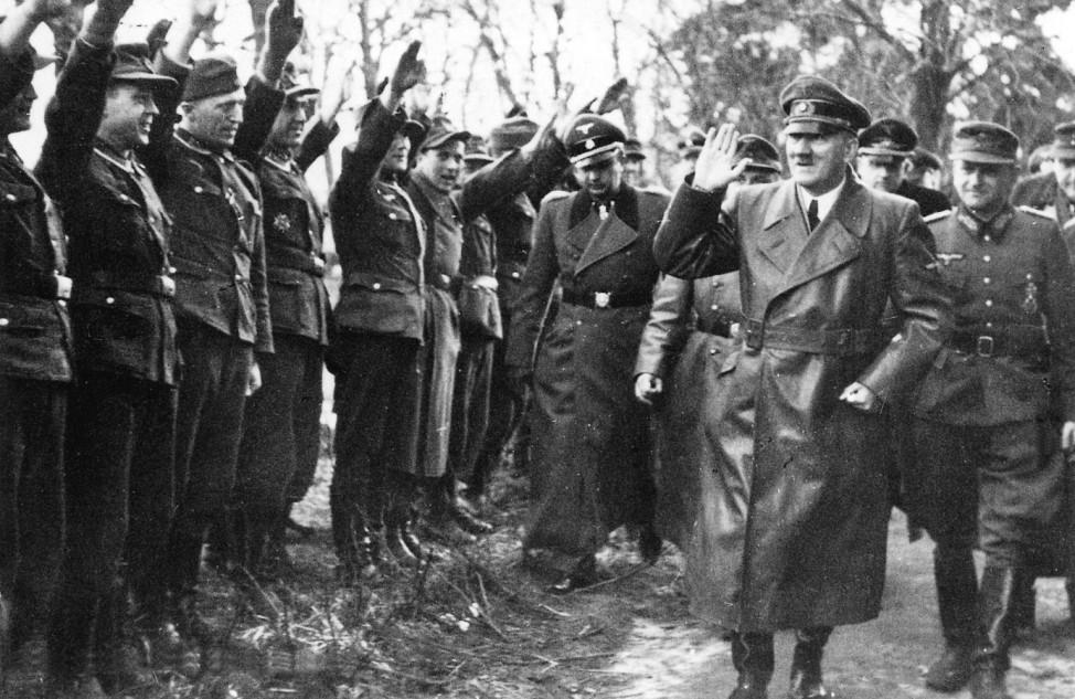 Hitler an der Oderfront, MâÄ°rz 1945; Ostfront WW2