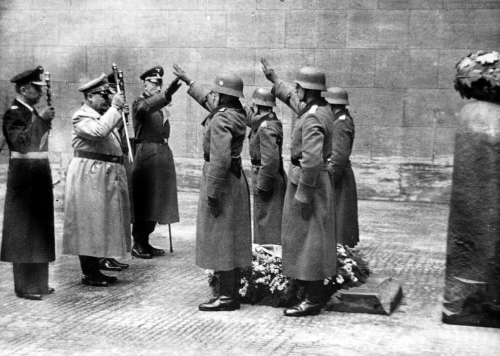 DËÜnitz, GËÜring, Bracht am Heldengedenktag 1945; Ostfront WW2