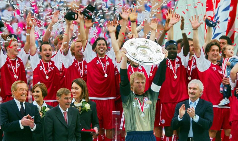 Fussball: 1. Bundesliga 02/03; 2003/04