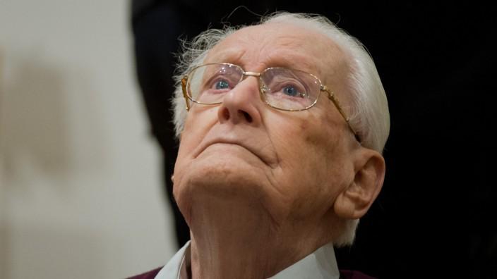 Auschwitz-Prozess in Lüneburg: Oskar Gröning am dritten Verhandlungstag des Lüneburger Auschwitz-Prozesses.