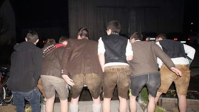 Tradition oder Tabubruch: Lederhosen in Taufkirchen