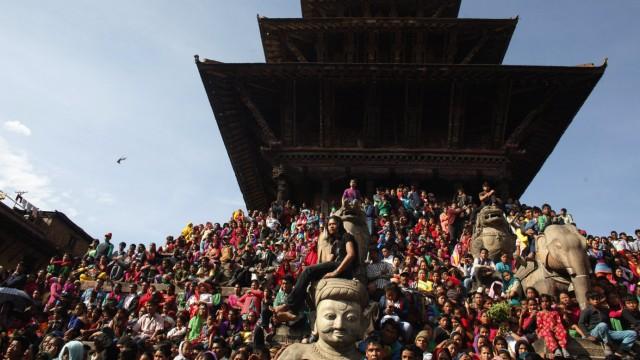 Zerstörte Kulturschätze nach Erdbeben, Bhaktapur, Nepal