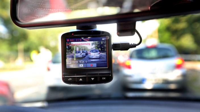 Dashcam in einem Auto