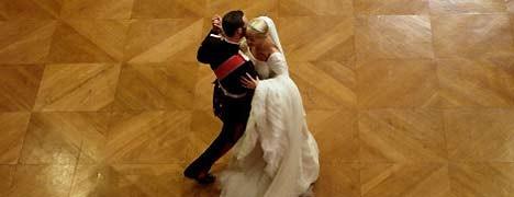 Knigge für Hochzeitsgäste, Das sind ja schöne Sitten, Foto: AP